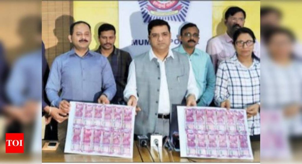 Pakistan made fake Rs 2000 notes seized