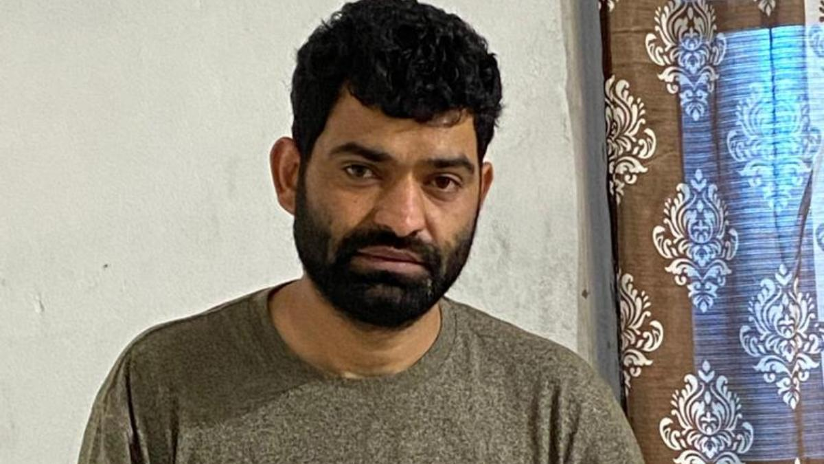 Kashmir Politician Arrested For Supplying Weapons To Terrorists